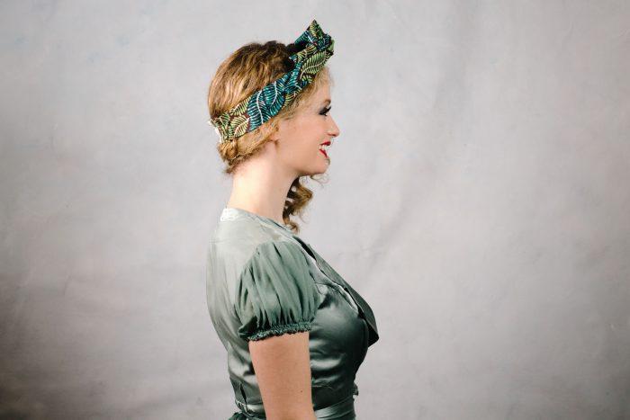 Sea_green_knotted_headband